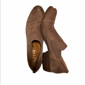 KORKS SUEDE ANKLE BOOTIES;SIZE 8.5